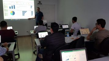 Curso Presencial de Dashboards no Excel